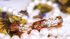 Что подарить на жемчужную свадьбу